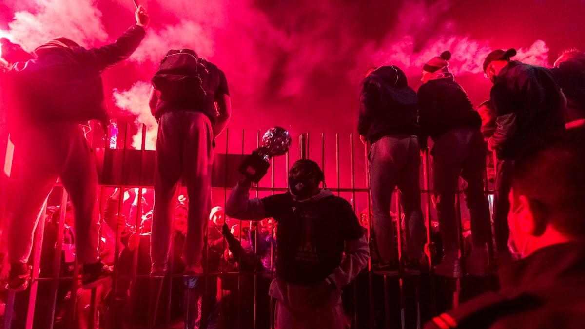 FOTO Mnoštvo navijača ispred Krešinog doma dočekalo košarkaše Zadra
