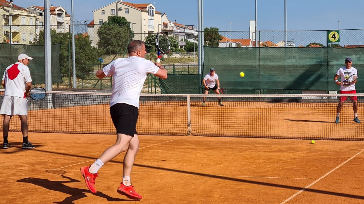 ZAVRŠEN NAJMASOVNIJI HUT Zadrani se iskazali odličnom organizacijom i vrlo dobrim tenisom