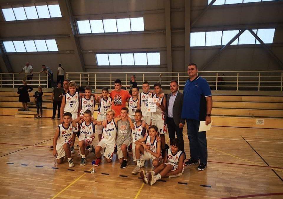 1. TURNIR GRADA GLINE Predstavnici Škole košarke Zadar u finalu poraženi od Cedevite Junior